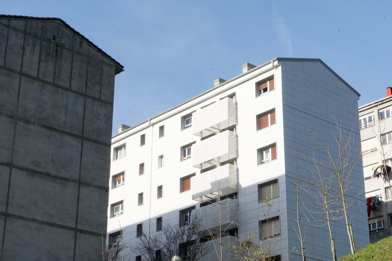 Bilbao 26-12-2018 Rehabilitación de edificios en Otxarkoaga. VVMM Bilbao